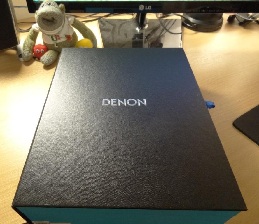 Denon AH-NCW500 - Inner box