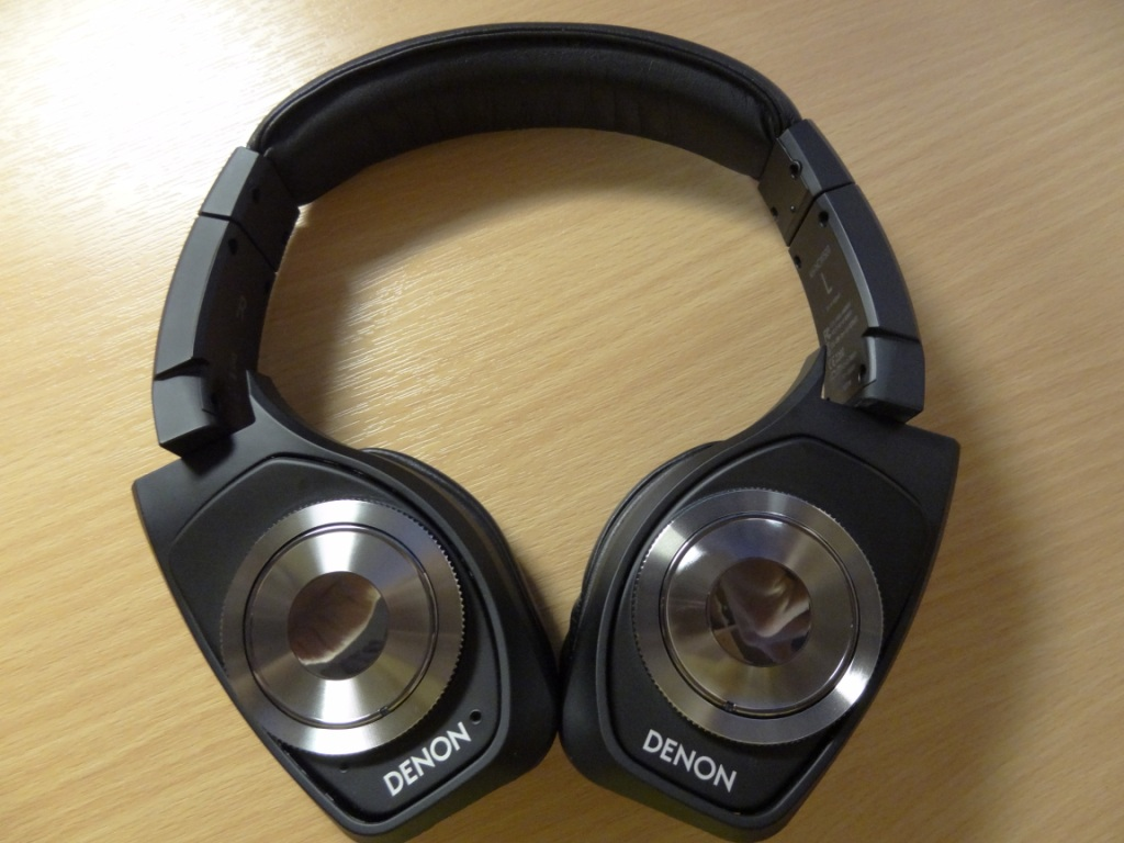 Denon AH-NCW500 - Headphone form