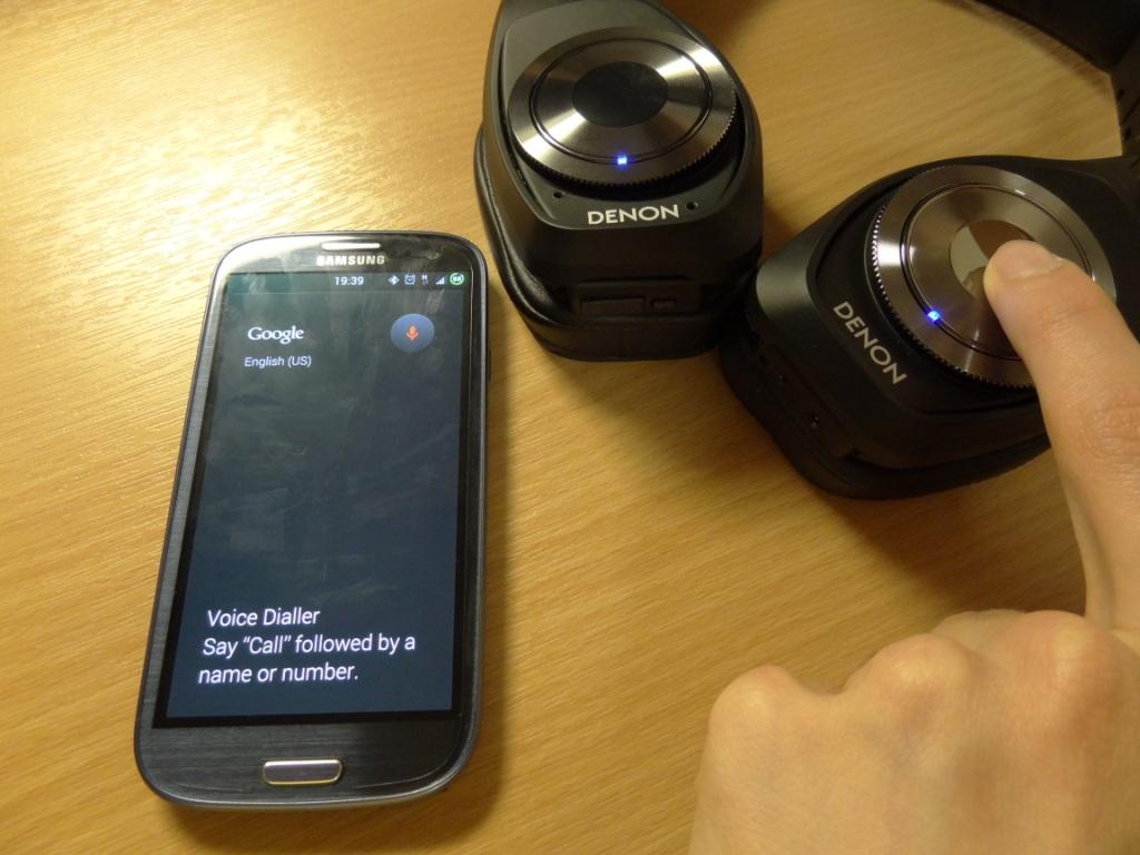 Denon AH-NCW500 - Making a call via Bluetooth