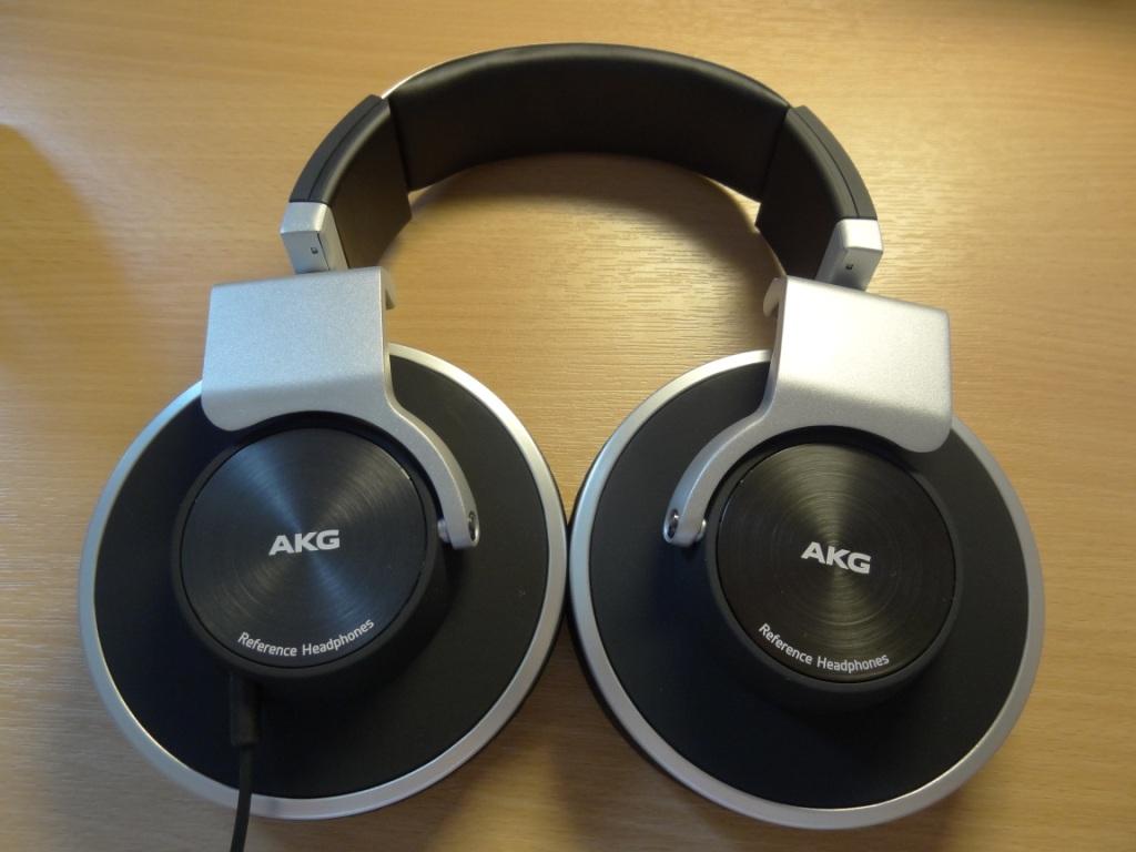 AKG K551 - Rotatable