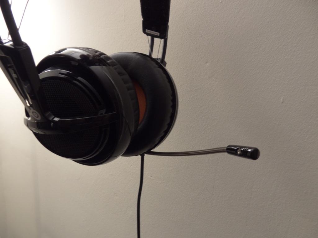 SteelSeries Siberia V2 Heat Orange Headset - Microphone