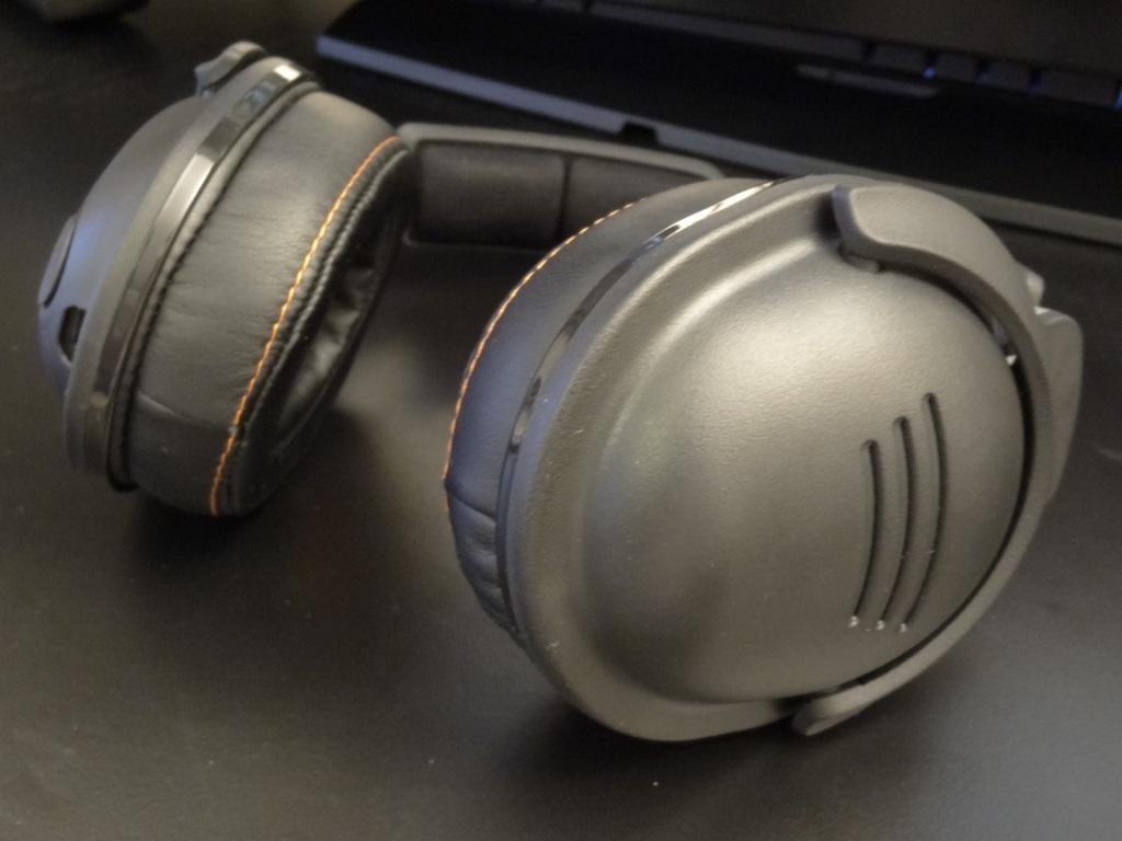 SteelSeries 9H Headset - Plastic build
