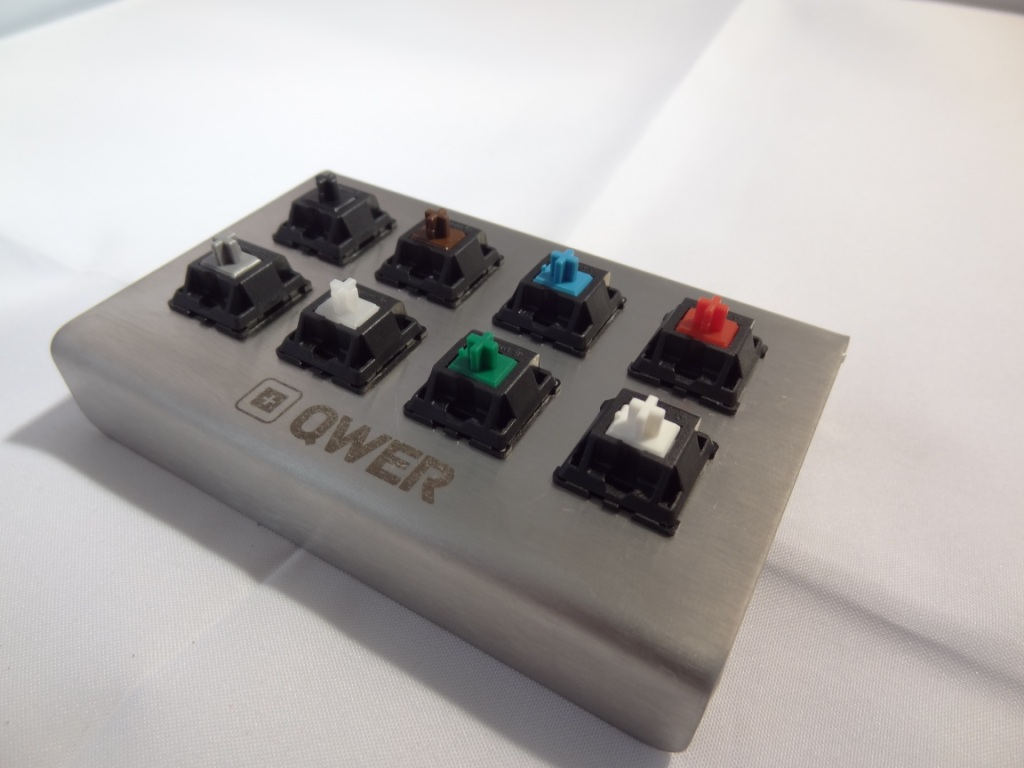 QWER8 V2 - Switches