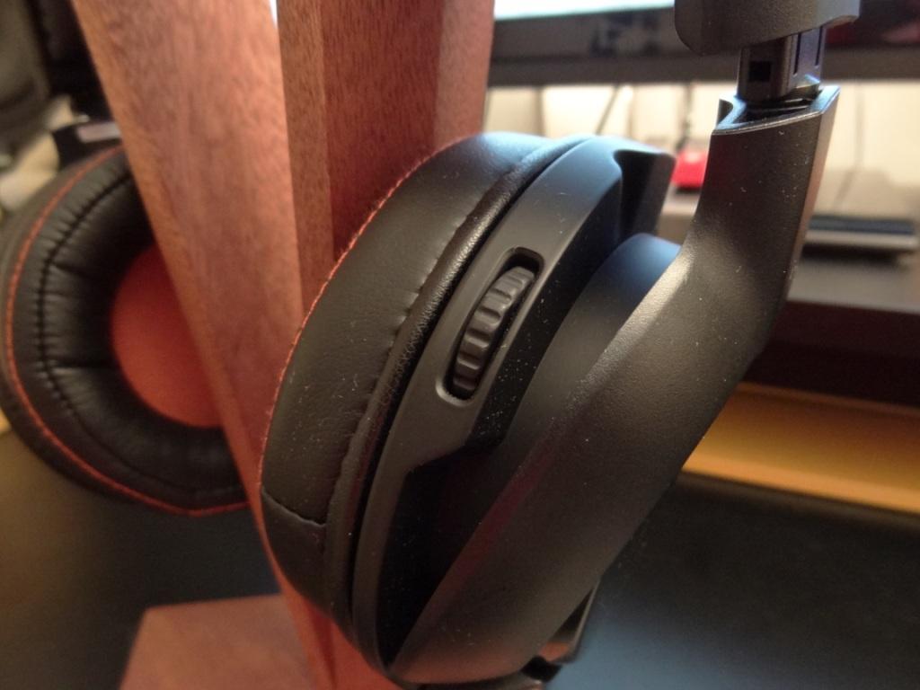 SteelSeries H Wireless - Scroll wheel