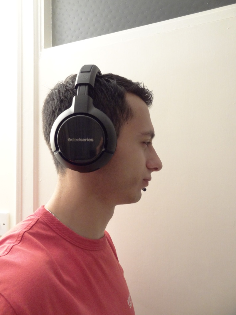 SteelSeries H Wireless - Using the headset