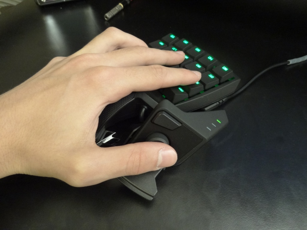 Razer Orbweaver Stealth - Feel