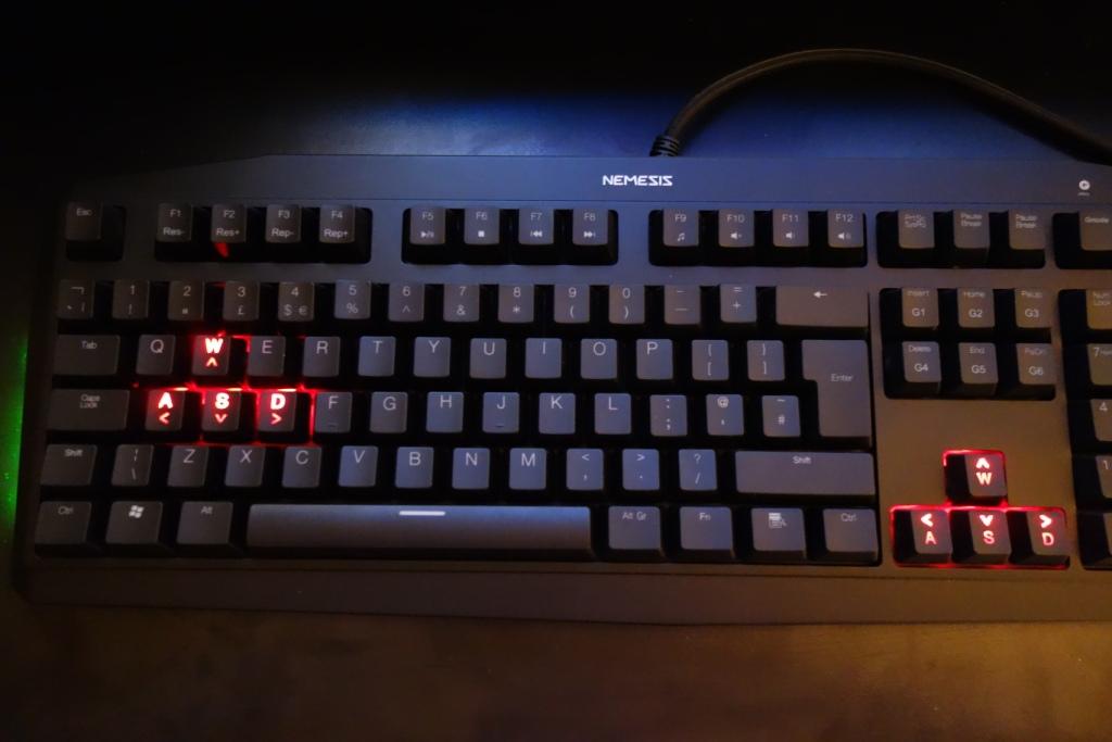 Sumvision Nemesis Ultra - Red WASD and arrow keys