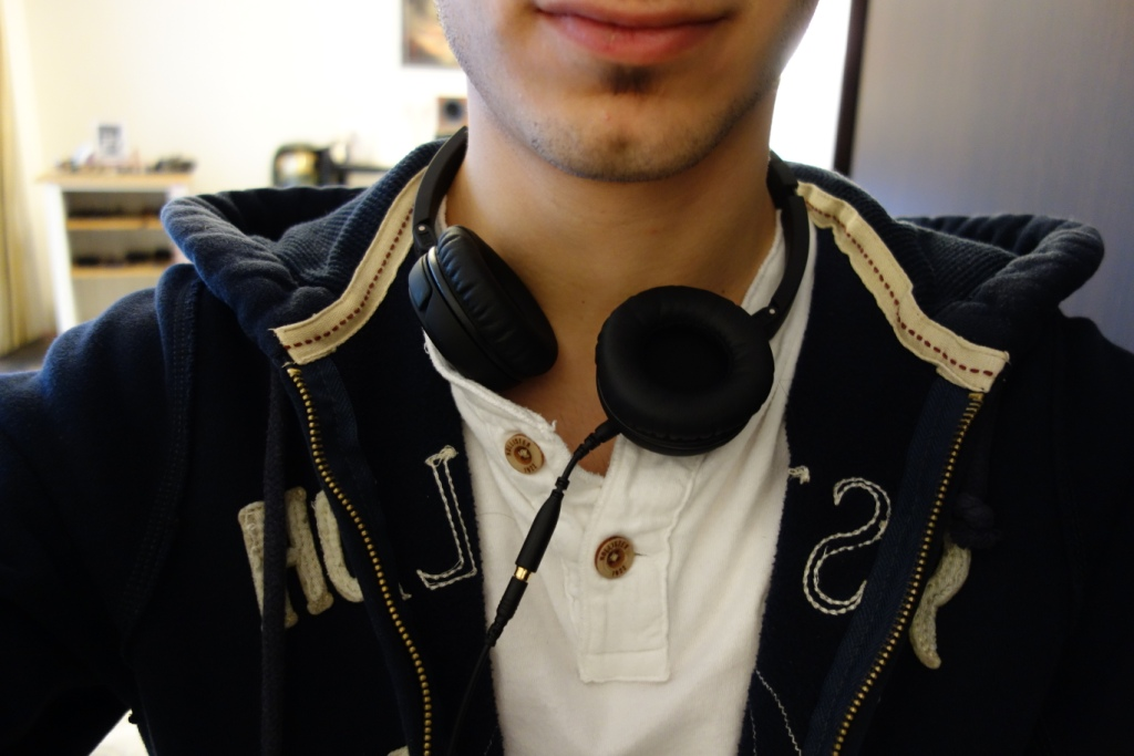 SoundMAGIC P30S - Around Neck