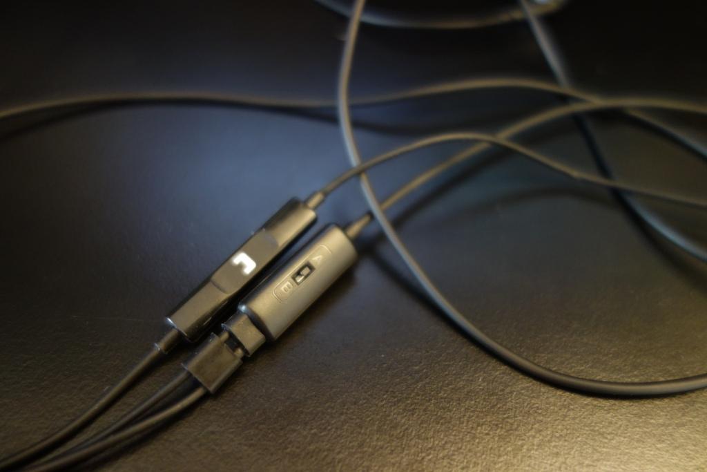 SoundMAGIC ES19S - Switcher and Mic