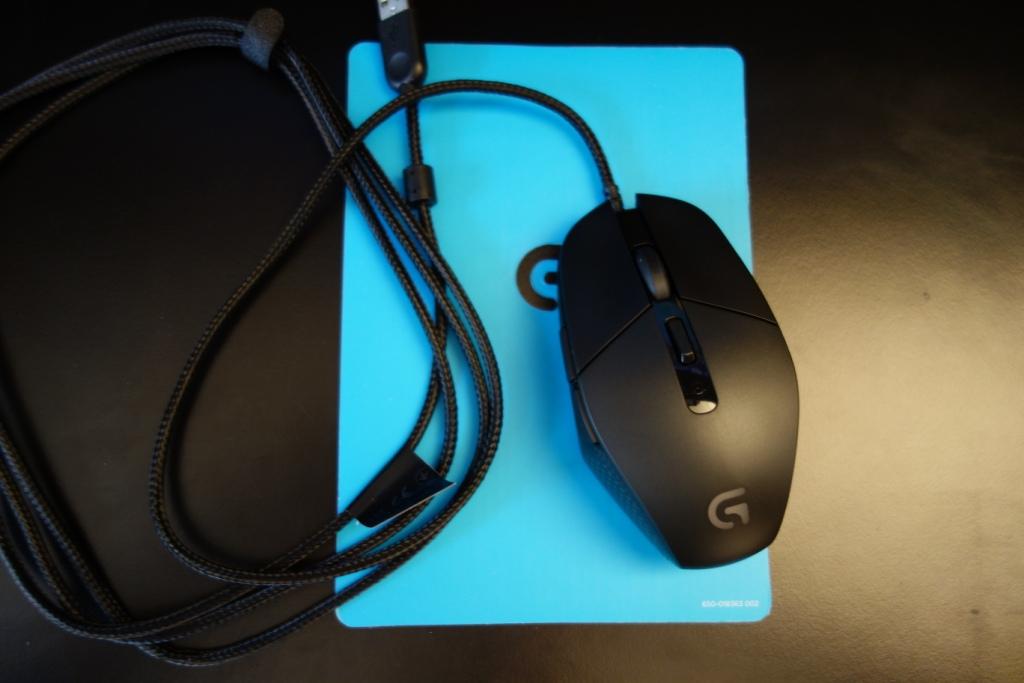 Logitech G303 Mouse - Contents