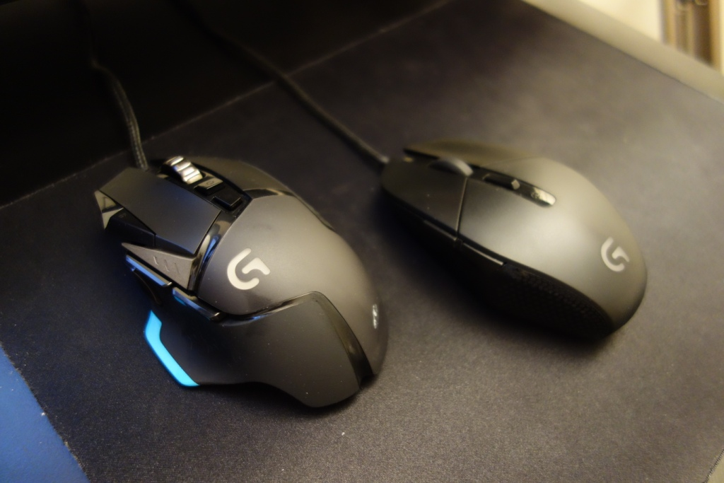 Logitech G502 Mouse - G303 comparison
