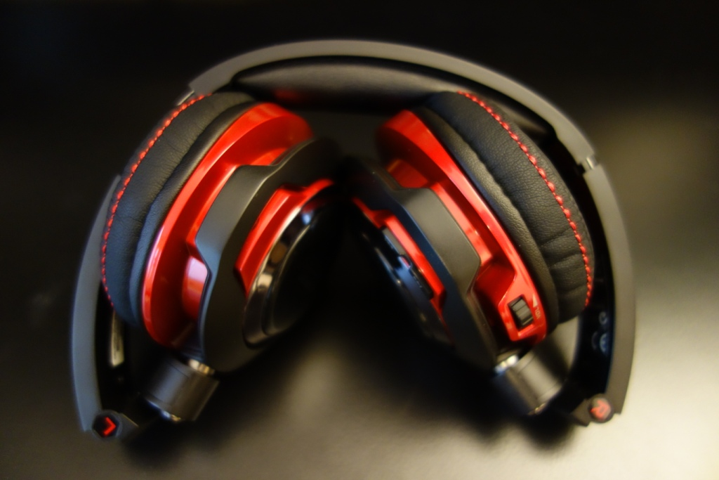 Creative EVO Wireless - Folded