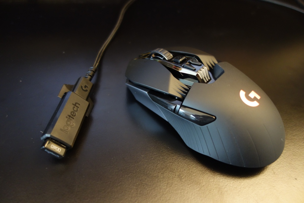 Logitech G900 Chaos Spectrum review - Connection